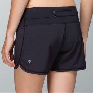 LULULEMON Black Groovy Run Shorts Size 6
